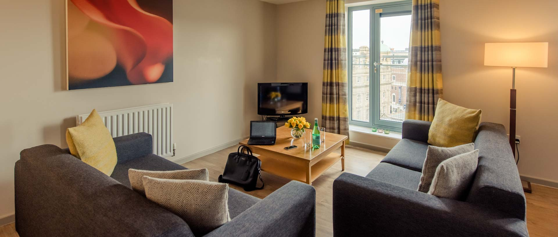 The living area of PREMIER SUITES Newcastle